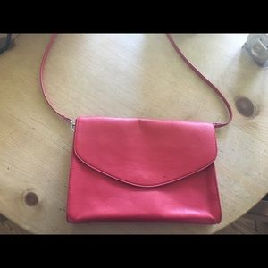 🔴🔴closet clearout🔴🔴Red Envelope Purse